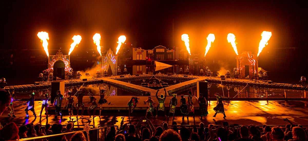 Seaworld Carnivale 2020 - Gallery 07 - All Fired Up Fireworks Stage FX